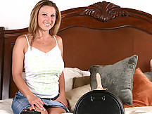 Devon Lee rides the sybian for some screamin' orgasms